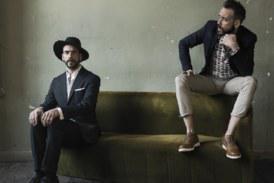 «Μονόλογος για δύο»: Το νέο album του Πάνου Μουζουράκη