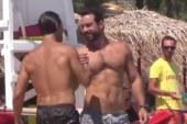 Σάκης Τανιμανίδης: Δεν τον άφηναν να μπει στη θάλασσα! (video)