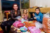 Αποκάλυψη σοκ: Παιδιά σκλάβοι φτιάχνουν τα αυγά Kinder;
