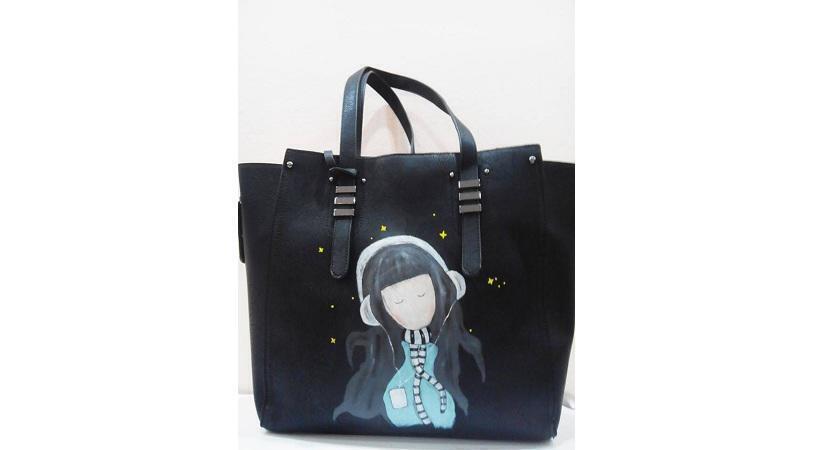 210eea2dc4 Διαγωνισμός με δώρο μια μαύρη τσάντα shopping – ζωγραφισμένη στο χέρι