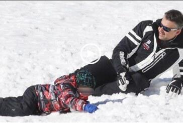 Γιώργος Λιάγκας: Κάνει σκι με τον γιο του στις Άλπεις! (video)