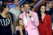 X Factor – Τελικός: Ο Σάκης Ρουβάς ανέβασε την κόρη του στη σκηνή!