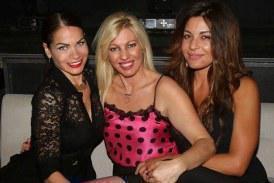 Σπυριδούλα Τριάντου: Γενέθλια με φίλους στον Οικονομόπουλο